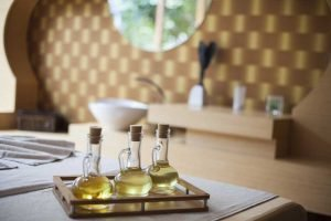 Essential oil extraction at home
